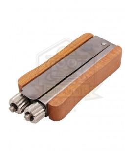 Intinzator sarma cu maner de lemn